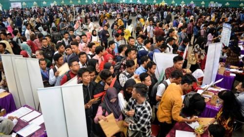 Ilustrasi Para pencari kerja memadati arena Job Fair (ANTARA)