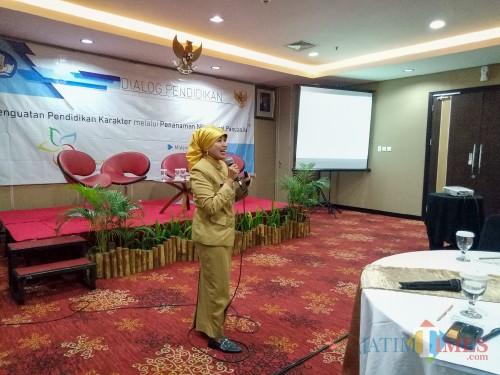 Kepala Dinas Pendidikan Kota Malang, Dra Zubaidah MM. (Foto: Imarotul Izzah/MalangTIMES)