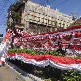 Lokasi penjualan bendera (Foto Heru Hartanto / Situbondo TIMES)