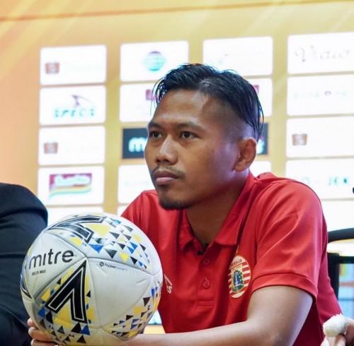 Bek senior Persija Jakarta Toni Sucipto (official Arema FC)