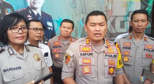 Kapolres Malang Kota AKBP Asfuri SIK SH MH (tengah.  (Anggara Sudiongko/MalangTIMES)