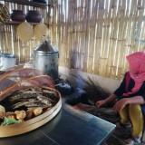Suguhkan Dapur Tempo Dulu, Warga Kota Batu Hadirkan Kafe Ubi