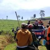 Petani Kagum Aksi Helikopter Water Bombing Kebakaran Hutan Gunung Arjuna
