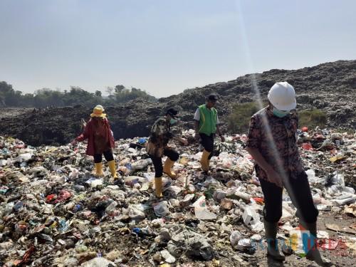Ilustrasi gunungan sampah di TPA Supit Urang (Arifina Cahyanti Firdausi/MalangTIMES)