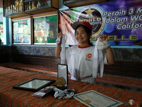 Peraih tiga medali silver WCOPA 2019, Izabelle Kiara Kurniawan (Hendra Saputra)
