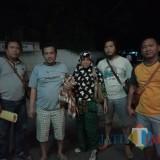 Pelaku tadi malam saat diamankan di Polres Situbondo. (Foto Heru Hartanto/Situbondo TIMES)