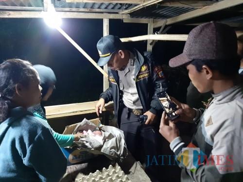 Penemuan bayi di Pasar Subuh Gandusari Kabupaten Trenggalek