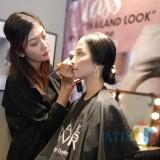 Novariana Jadi Make Up Artist Berawal dari Bekerja di Kosmetik