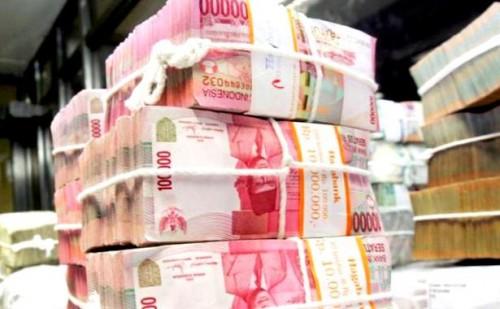Ilustrasi sejumlah uang hasil penggelapan milik Tirtasani Royal Resort