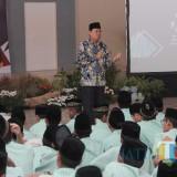Jadi Guru Dadakan, Kepala KPw BI Malang Uraikan Plus Minus Fintech