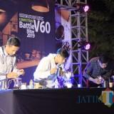 Keseruan Coffee Battle Competition V60.(Foto : Malik Naharul/BlitarTIMES)