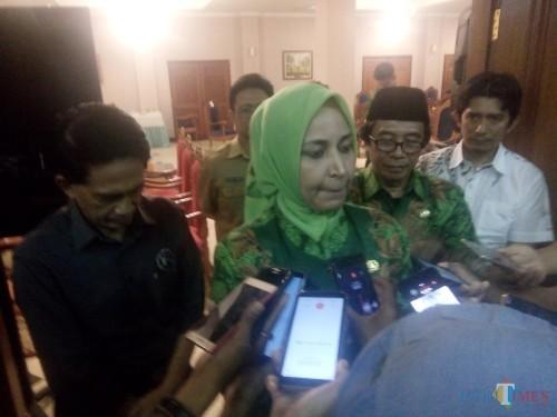 Bupati Jember saat memberikan keterangan pers menyikapi polemik JFC (foto: Moh. Ali Makrus / JatimTIMES)