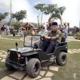 Hadiri AKKOPSI 2019, Plt Bupati Malang Sempatkan Jajal Jeep Mini