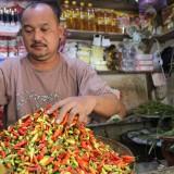 Harga Cabai Rawit Menginjak Rp 100 Ribu, Omzet Pedagang Menurun