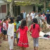 Suasana penyembelihan hewan kurban di Ponpes Nurul Huda Kuningan.(Foto : Malik Naharul/BlitarTIMES)