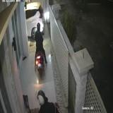 Dua Motor Raib di Rumah Pondok Bestari, Aksi Maling Terekam CCTV
