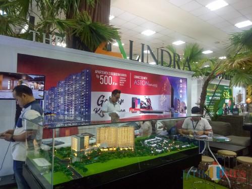Booth The Kalindra. (Foto: Imarotul Izzah/MalangTIMES)