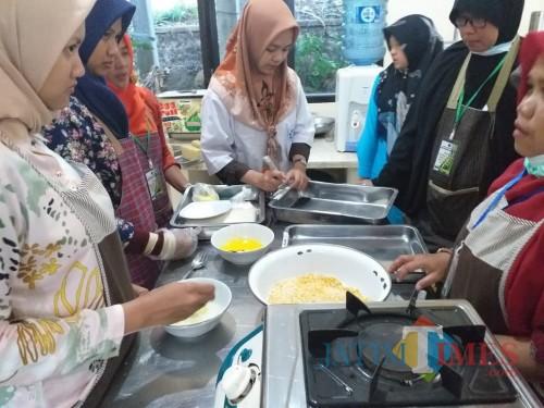 Bimtek produk olahan daging sukses digelar Dinas Peternakan dan Perikanan Kabupaten Blitar di Kota Batu