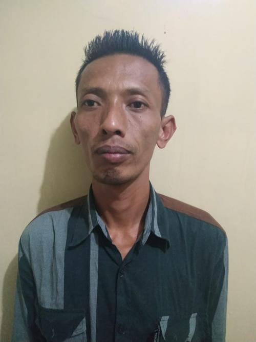 Tersangka Ridwanto ditahan di Mapolsek Gandusari