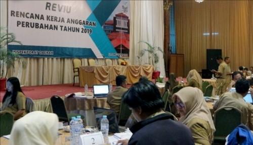 Proses review RKA untuk PAK APBD 2019 yang dilakukan Inspektorat Kabupaten Malang kepada 82 OPD yang ada (for MalangTIMES)