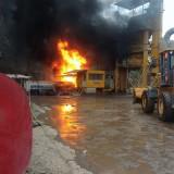 Pabrik Aspal di Tajinan Terbakar, Satu Korban Mengalami Luka Bakar