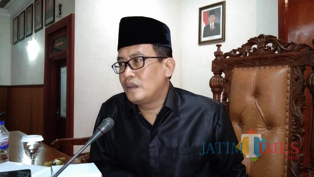 Wakil Ketua DPRD Adib Makarim (foto : Joko Pramono/Jatim Times)