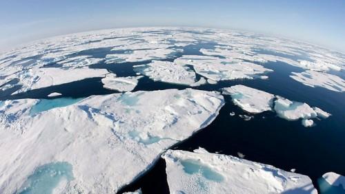 Mencairnya es di Kutub Utara. (Foto: istimewa)