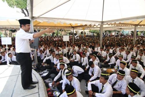 Wagub Jatim Emil di kampus UINSA.