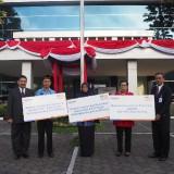 Rayakan Hari Kemerdekaan, BRI Malang Salurkan CSR untuk Tiga SLB