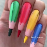 Colored Pencil Nail. (Foto: instagram @sunny_nail)