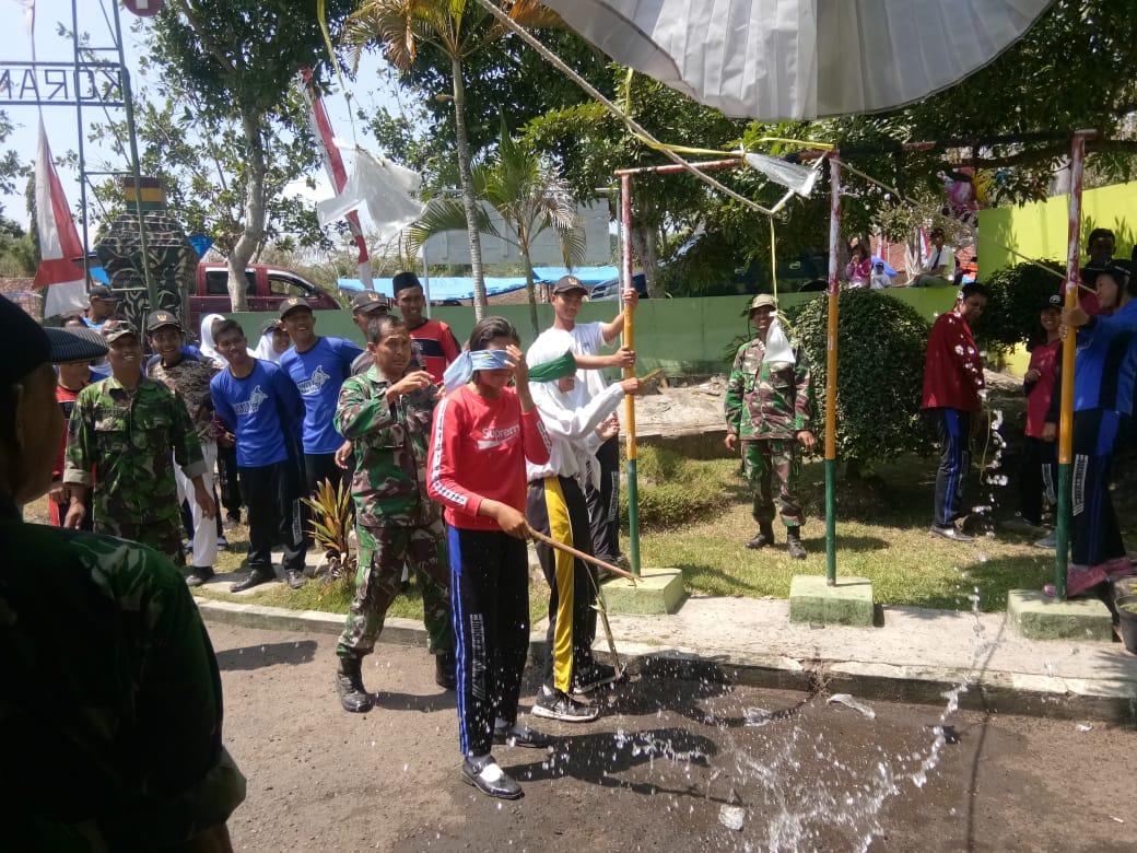 Kemeriahan lomba agustusan di Koramil Bakung