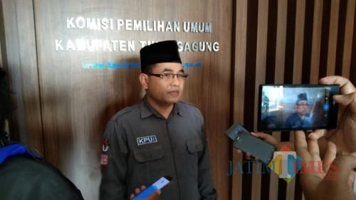 Ketua KPU Tulungagung Mustofa (foto : Joko Pramono/Jatim Times)