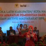 Bupati Jember dr. Hj. Faida MMR saat menjadi narasumber dalam di acara Laka Latih yang digelar oleh Komnas HAM di Makassar (foto : Lumlawata/ Jatim TIMES)