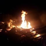Gudang kayu Pondok Pesantren Ar Rohmah Putri yang terbakar (Ist)