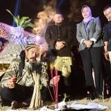 Ratusan Warga Mendadak Gembang Dele di Festival Beji Kampung Tempe