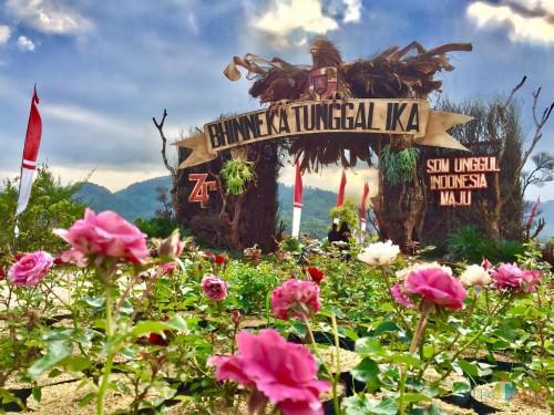 Gapura Garuda yang ada diRW 11, Dusun Sukorembug, Desa Sidomulyo, Kecamatan Batu. (Foto: Irsya Richa/MalangTIMES)