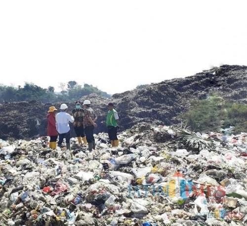 Tumpukan sampah di TPA Supit Urang (foto dok MalangTIMES)