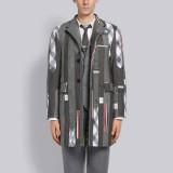 Harganya Rp 171 Jutaan, Coat Ini Dibuat dari Lusinan Dasi