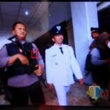 Berstatus Tahanan Polres, Dua Kades di Kabupaten Malang Dilantik dengan Pengawalan Polisi Bersenjata Lengkap