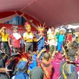 Ribuan Warga Blitar Deklarasikan Cinta Papua