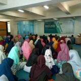 Ratusan Mahasiswa Sekolah Tahfid UIN Malang Dapatkan Motivasi dan Metode Menghafal Alquran