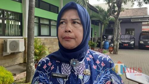Sekretaris Dinsos Kota Malang, Pipih Triastuti (Foto: Pipit Anggraeni/MalangTIMES)