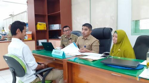 Proses wawancara calon laskar perencana Barenlitbang Kota Malang, Selasa (3/9/2019). (Pipit Anggraeni/MalangTIMES).