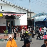 Habis Dievakuasi ke Markas Brimob, Ribuan Suporter PSIM Jogjakarta Dipulangkan dengan Kereta Api
