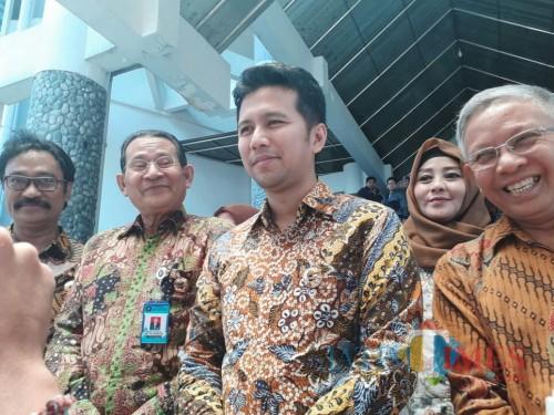Wakil Gubernur Jatim Emil Dardak (tiga dari kiri). (Foto: Imarotul Izzah/MalangTIMES)