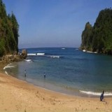 Pembangunan Jalan Wisata Pantai Pangi Blitar Dilakukan Secara Bertahap