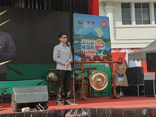 Wakil Pimpinan Komisi Pemberantasan Korupsi (KPK) Laode M Syarif, saat memberikan sambutan pembuka dalam Roadshow Bus KPK 2019 di Kota Malang (Arifina Cahyanti Firdausi/MalangTIMES)