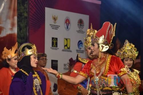 Para kepala SMP Dinas Pendidikan se-Kabupaten Malang membangkitkan Kerajaan Singosari. (Nana)