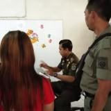 Diamankan Satpol PP, Pekerja Cafe ini Mengaku Diperkosa Pelanggannya