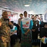 Sudah Dua Hari Bus KPK Nangkring di Balai Kota Among Tani Batu